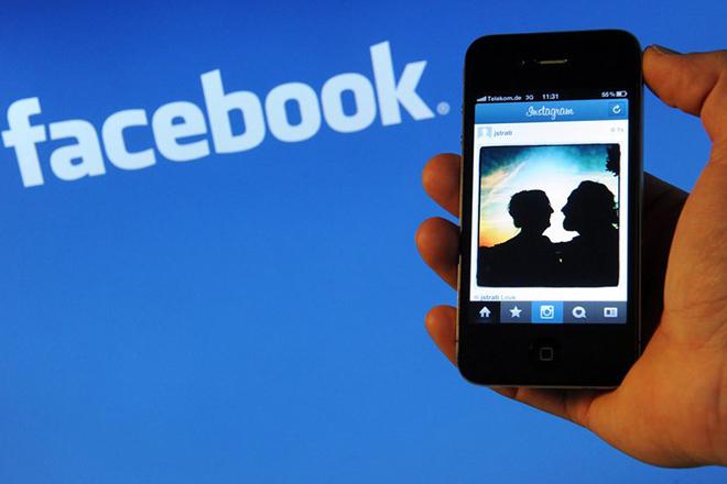 Κλειστά μάτια στις φωτογραφίες; Κανένα πρόβλημα λένε οι τεχνικοί του Facebook