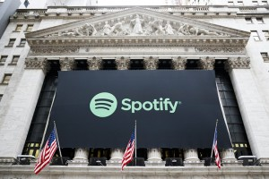 epa06643090 A giant sign of digital media streaming service 'Spotify' decorates the front of the New York Stock Exchange (NYSE) before the company's Initial Public Offering (IPO) in New York, New York, USA, 03 April 2018.  EPA/JUSTIN LANE