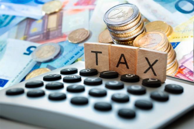 Περισσότερες δόσεις με… «πέναλτι» έρχονται στο νέο φορολογικό νομοσχέδιο
