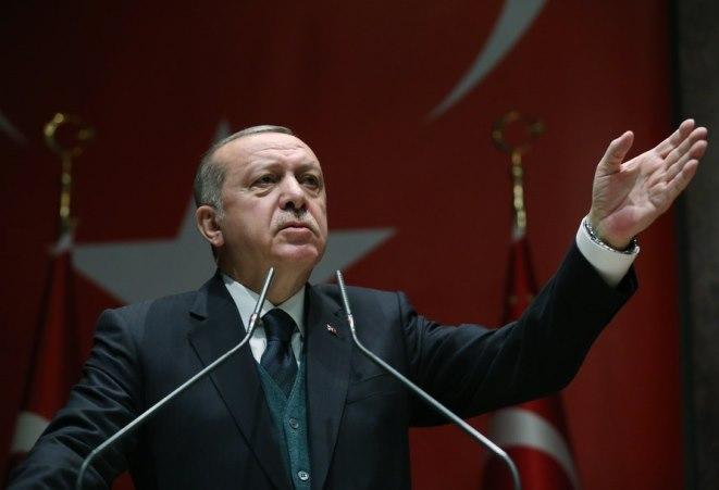 Ερντογάν: Οι οίκοι αξιολόγησης αναβαθμίζουν την «τελειωμένη» Ελλάδα και όχι την Τουρκία