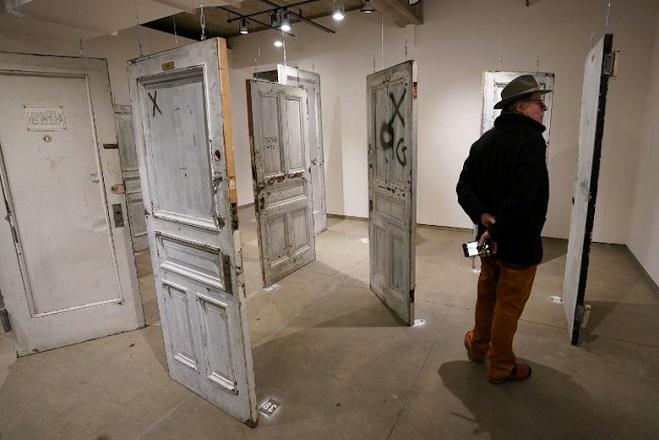 US-AUCTION-DOORS