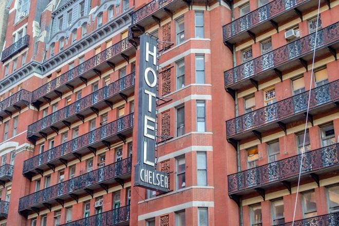 chelsea-hotel-auction1
