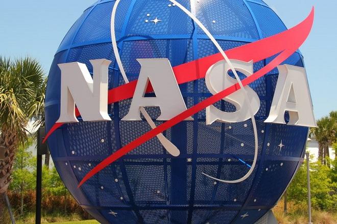 Η NASA θέλει να στείλει αποστολές σε Σελήνη και Άρη έως το 2020