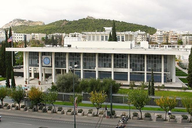 Προστασία των αμερικανικών ιδρυμάτων ζητά από τις ελληνικές αρχές η πρεσβεία των ΗΠΑ