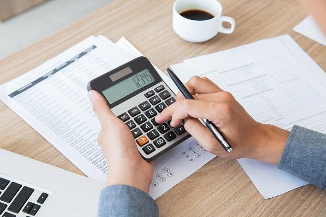 Νέα ρύθμιση 120 δόσεων για μικρο-οφειλέτες ετοιμάζει το υπουργείο Οικονομικών
