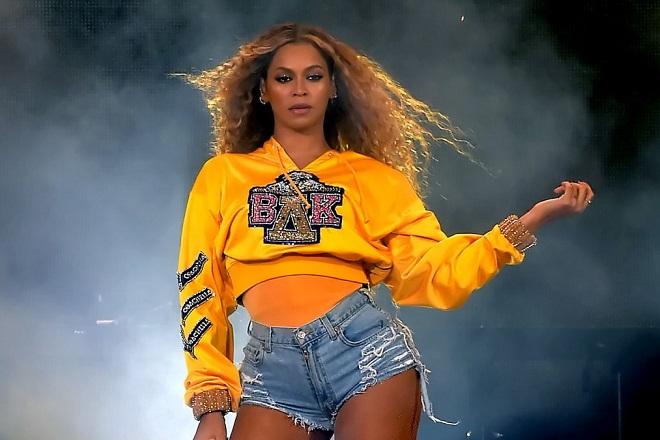 Η Beyoncé μετέτρεψε το Coachella σε «Beychella» (Βίντεο)