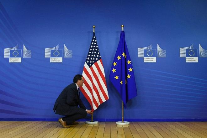 Απάντηση στις ΗΠΑ ετοιμάζει η Ε.Ε. μετά την επιβολή δασμών 7,5 δισ. δολαρίων