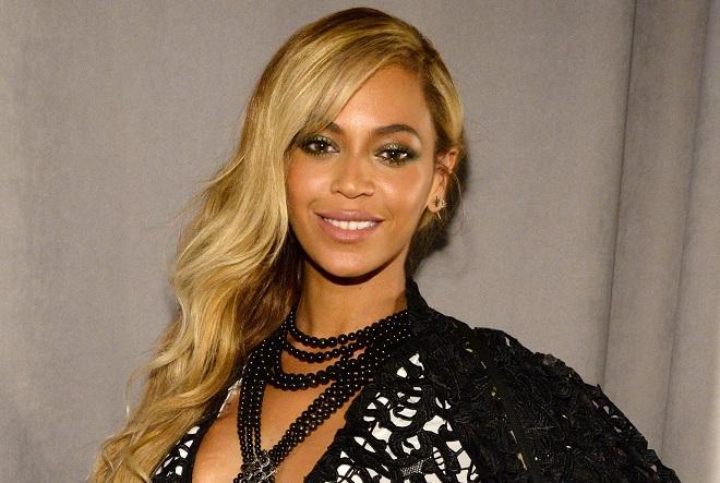 Γιατί η Beyoncé μοιράζει σε πανεπιστήμια και φοιτητές χιλιάδες δολάρια