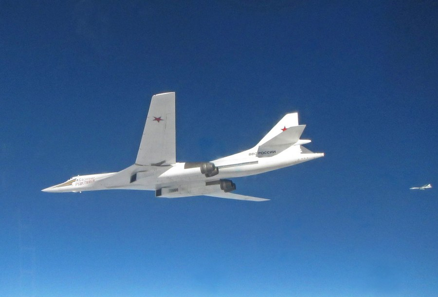 Αυτό είναι το πρώτο υπερηχητικό στρατηγικό βομβαρδιστικό της Ρωσίας