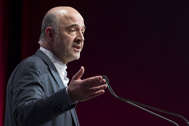 epa06652366 European Commissioner in charge of Economic and Financial Affairs Pierre Moscovici attends the 78th French Socialist Party congress in Aubervilliers, outside Paris, France, 07 April 2018. Party delegates held a symbolic vote to confirm Faure as the new Secretary General on the opening day of the 78th socialist party congress.  EPA/IAN LANGSDON