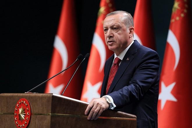 H Μοοdy΄s «στριμώχνει» τον Σουλτάνο: Yποψήφια για υποβάθμιση η Τουρκία