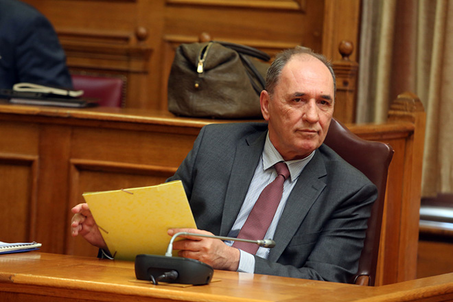 Σταθάκης: Θα έρθει ρύθμιση αντικατάστασης του νόμου Κατσέλη για την προστασία της πρώτης κατοικίας