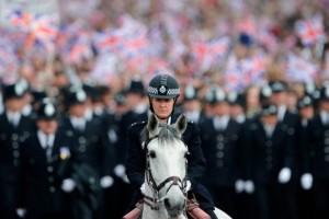 royal-wedding-police