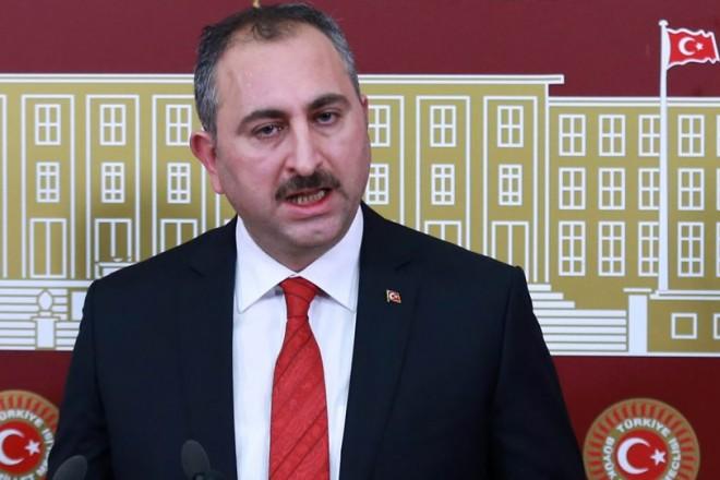 Τούρκος υπουργός Δικαιοσύνης: Η Ελλάδα είναι κέντρο συγκέντρωσης εγκληματιών!