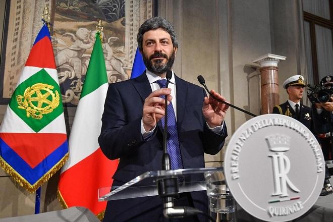 Σε αναζήτηση κυβερνητικού εταίρου τα Πέντε Αστέρια στην Ιταλία