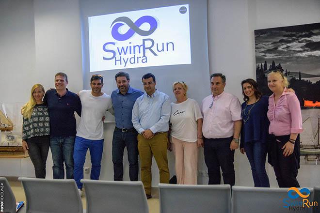 SwimRun: Η Ύδρα ταράζει τα νερά της Μεσογείου
