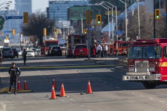 Δέκα νεκροί και 15 τραυματίες στην επίθεση με βαν στο Τορόντο – Συνελήφθη ο οδηγός