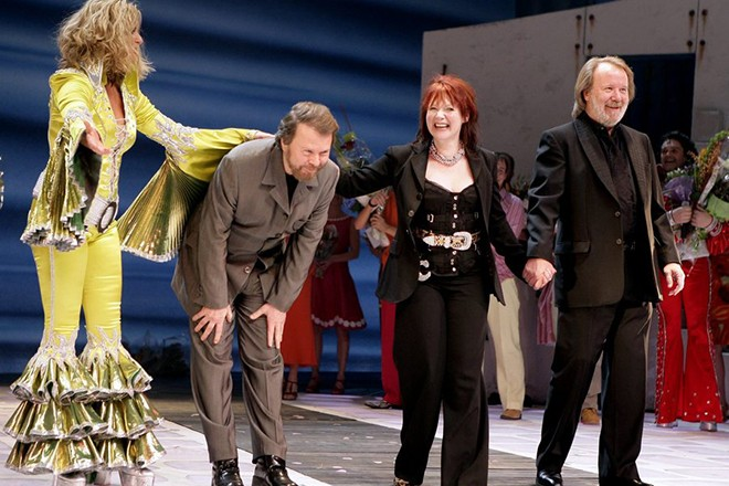 epa000368872 (L-R) Gunilla Backman, Bjorn Ulvaeus, Catherine Johnson and Benny Andersson on stage after the gala premiere of the ABBA musical 'Mamma Mia' at the Cirkus Theatre in Stockholm, Sweden, Saturday 12 February 2005.  EPA/KRISTER LARSSON