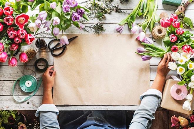 Πώς να φτιάξετε μόνοι σας το Πρωτομαγιάτικο στεφάνι