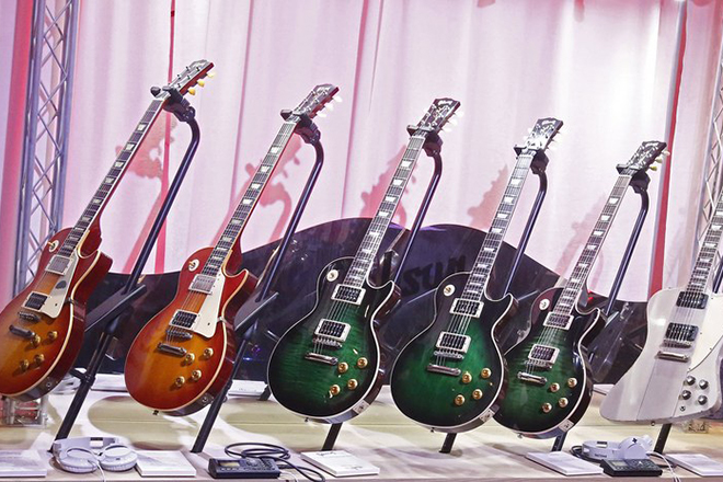 epa06706049 (FILE) - Rock Star Slash signature Gibson guitars  inside the Gibson tent on opening day at the 2018 International Consumer Electronics Show in Las Vegas, Nevada, USA, 09 January 2018 (reissued 02 May 2018). US guitar maker Gibson has filed for bankruptcy protection, media reported on 01 May 2018.  EPA/LARRY W. SMITH