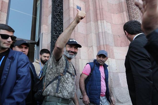 Σε πρόωρες εκλογές οδηγείται η Αρμενία μετά την παραίτηση του νεοεκλεγέντος πρωθυπουργού