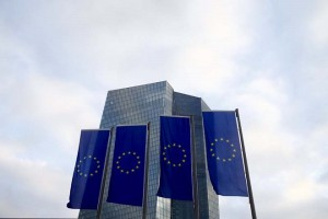 European Union (EU) flags fly in front of the European Central Bank (ECB) headquarters in Frankfurt, Germany, on December 3, 2015. Photo: Reuters