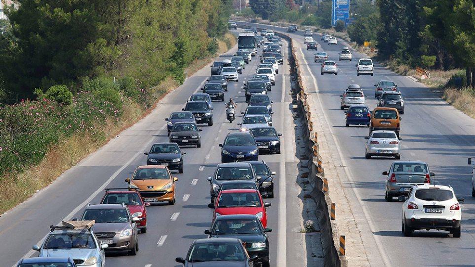 Έρχονται «τσουχτερά» πρόστιμα για 385.000 ανασφάλιστα οχήματα