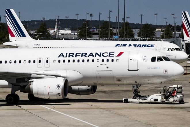 Τα καθαρά κέρδη της Air France-KLM «βυθίστηκαν» πάνω από 50% το τρίτο τρίμηνο