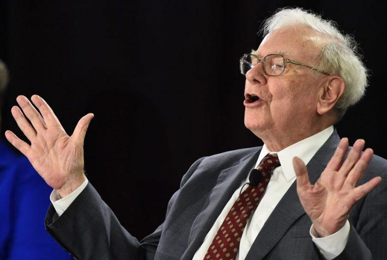 Γιατί η Berkshire Hathaway φταίει για το φετινό «κοκκίνισμα» του δείκτη S&P 500