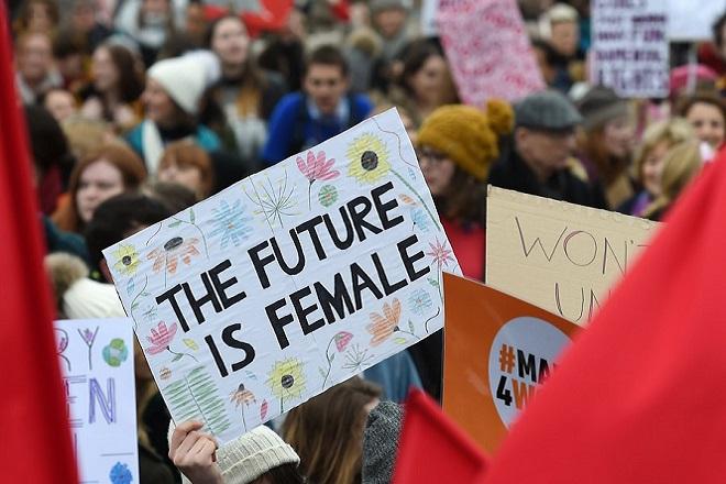 Η πανδημία του κορονοϊού πήγε πολύ πίσω το αίτημα για την ισότητα των φύλων