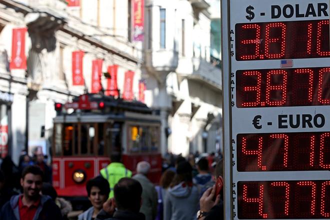 Σε υψηλό σχεδόν δεκαετίας «σκαρφάλωσε» η ανεργία στην Τουρκία