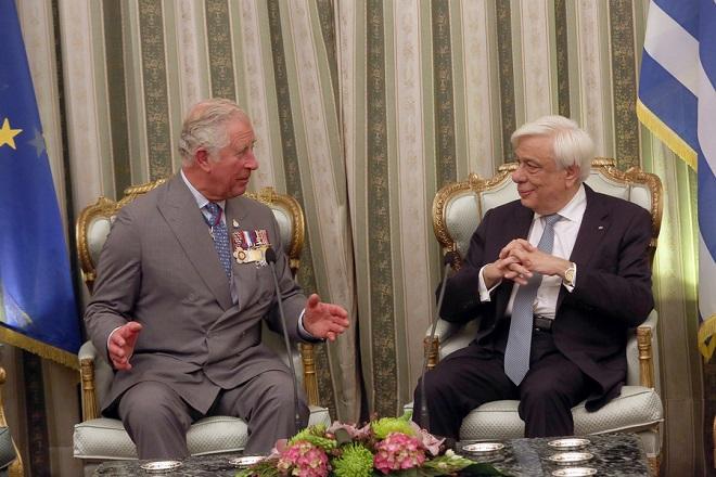 Θέμα επιστροφής των Γλυπτών του Παρθενώνα έθεσε ο ΠτΔ στον Πρίγκιπα Κάρολο