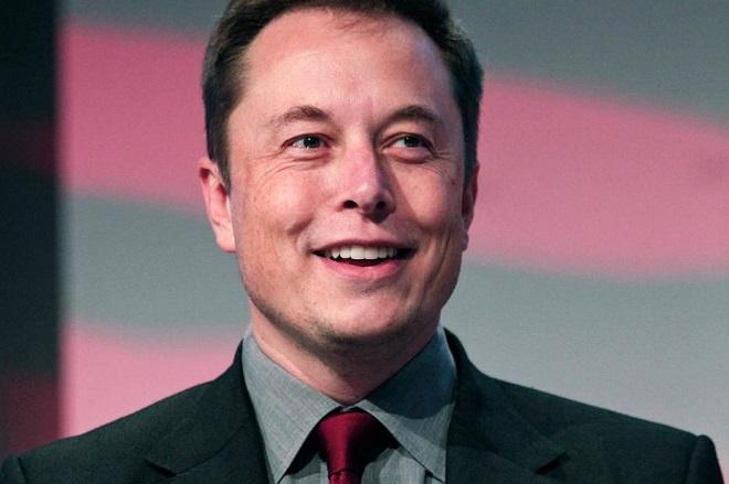 Με ένα tweet ο Έλον Μασκ ρίχνει ξανά τη μετοχή της Tesla