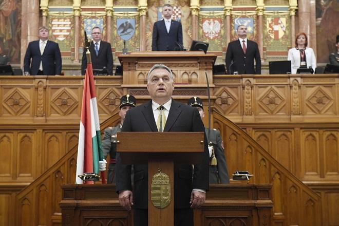 Σε «χριστιανική δημοκρατία του 21ου αιώνα» θέλει να μετατρέψει την Ουγγαρία ο Βίκτορ Ορμπάν