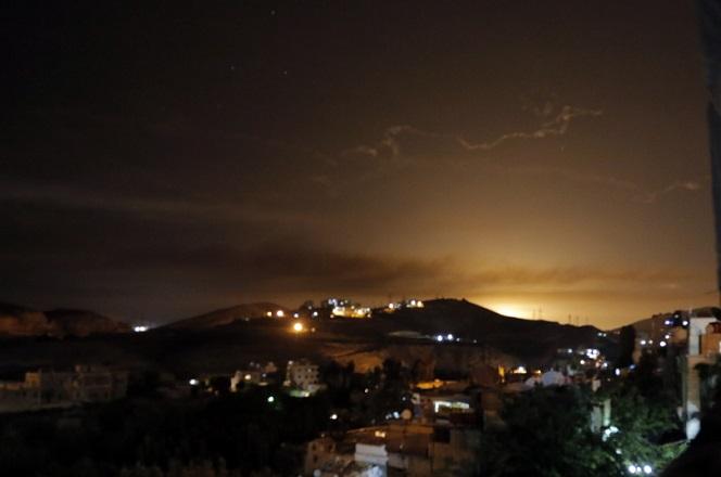Ένταση στη Μ. Ανατολή: Ανταλλαγή πυρών μεταξύ Ιράν-Ισραήλ