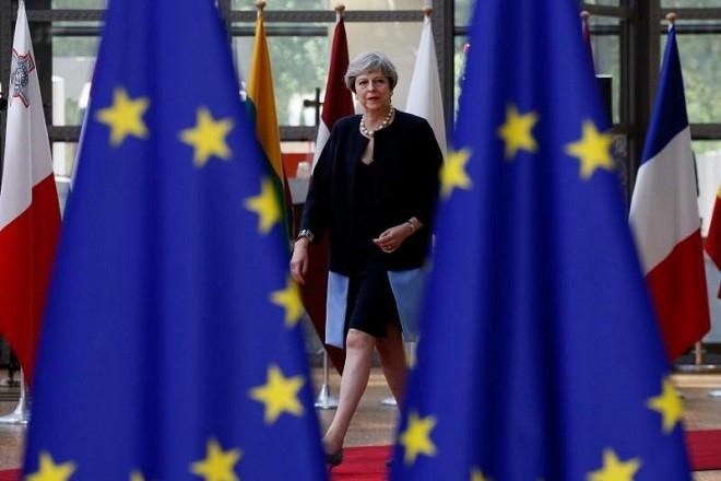 Ένα σκληρό Brexit θα επηρρεάσει περισσότερο τη Βρετανία από την κρίση του 2008