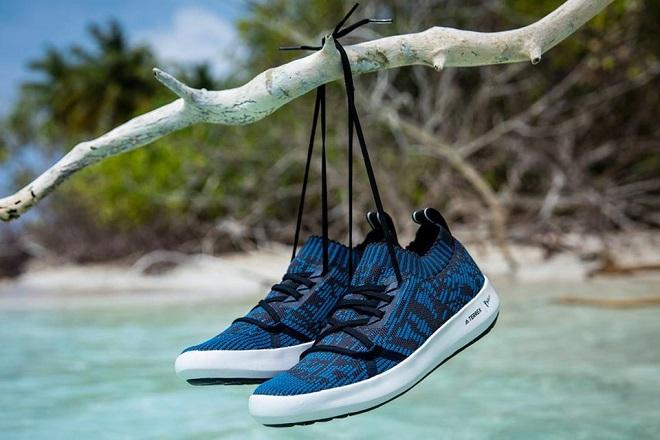 0523e9b6598 Το 2017 η Adidas με την Parley for the Oceans, δημιούργησαν παπούτσι από  ανακυκλωμένο πλαστικό, και φέτος επεκτείνουν τη συνεργασία τους.