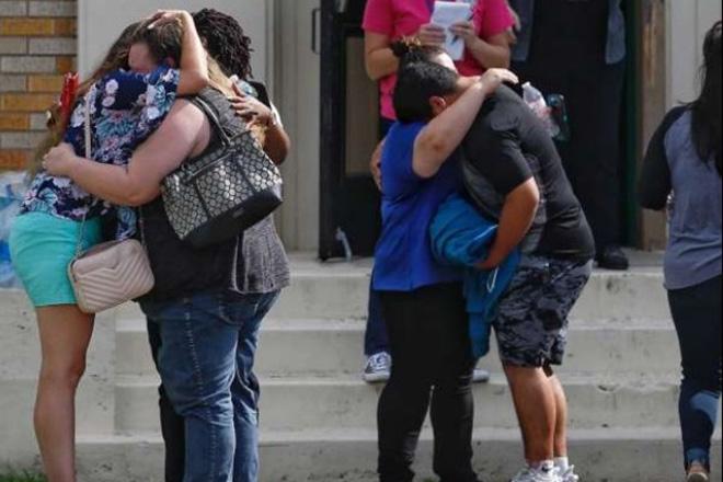Νέο μακελειό στις ΗΠΑ με τουλάχιστον 10 νεκρούς – Ελληνικής καταγωγής ο 17χρονος δράστης