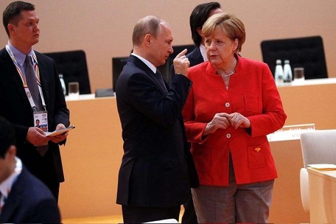 Αίτημα Πούτιν στη Μέρκελ να πείσει το Κίεβο μην πάρει «απερίσκεπτες αποφάσεις»