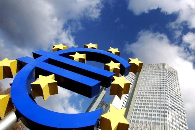 Στο 1,6% επιβραδύνθηκε η ανάπτυξη το γ' τρίμηνο στην Ευρωζώνη