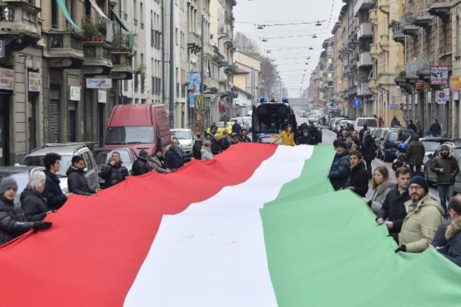 Πώς επηρεάστηκε η αγορά ομολόγων από την πολιτική κατάσταση της Ιταλίας