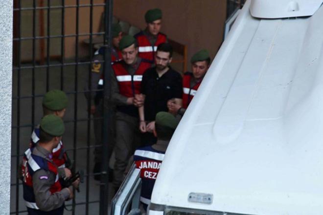 Με ποινή φυλάκισης δύο ετών κινδυνεύουν οι δυο Έλληνες στρατιωτικοί
