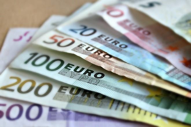 euro ευρω χρηματα money cash μετρητα