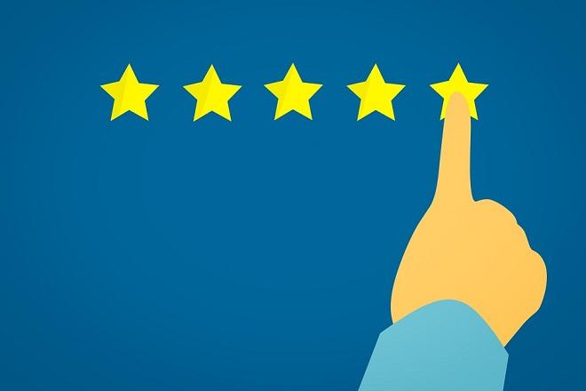 Ποια η διαφορά μεταξύ «εξυπηρέτησης πελατών» και «εμπειρίας του πελάτη»;