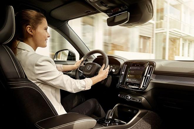 Η επόμενη γενιά οχημάτων Volvo θα έχει και… Google Assistant