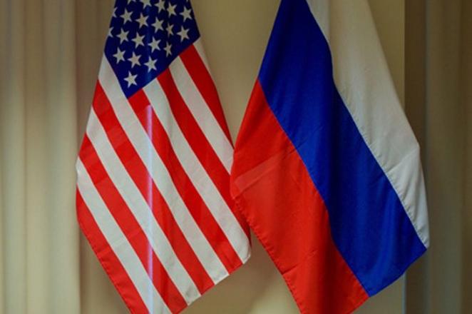 Συναλλαγές σε τοπικά νομίσματα εξετάζει η Μόσχα- Τι σημαίνει αυτό για το δολάριο;