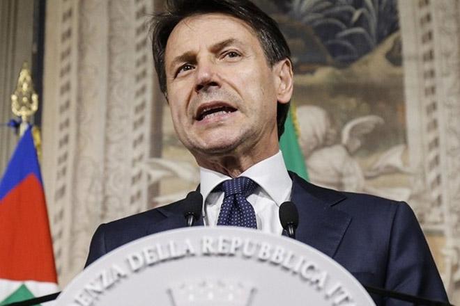 Ολοκληρώθηκε η ορκωμοσία της νέας κυβέρνησης στην Ιταλία (Βίντεο)