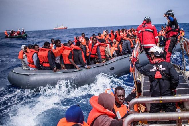Τουλάχιστον 35 μετανάστες πνίγηκαν στα ανοιχτά της Τυνησίας