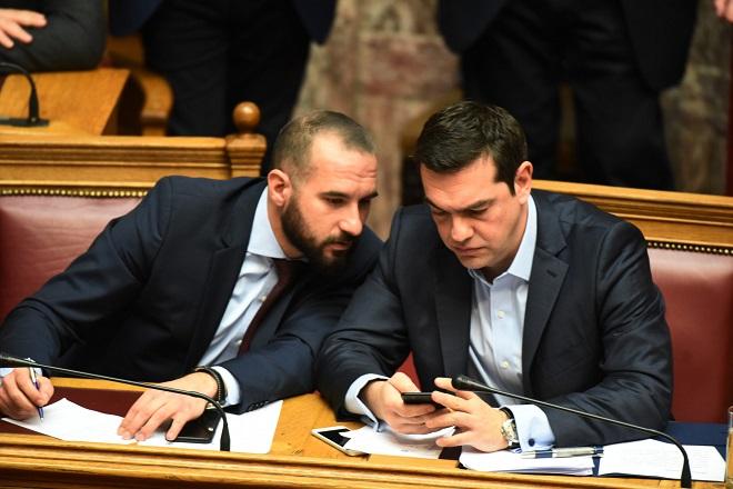 Σε αναμονή για τη συμφωνία στο Σκοπιανό