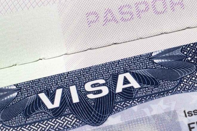 Οριστικά απαλλάσσονται από την υποχρέωση έκδοσης βίζας για τις ΗΠΑ οι Έλληνες